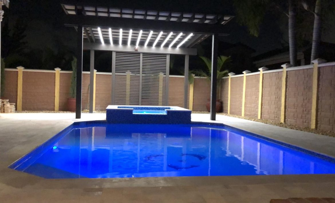 Spa, Paver, Pool remopdeling and pergola